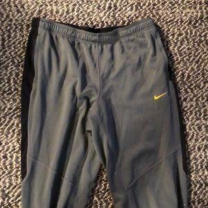 Nike dri fit sweatpants + funpack (323)